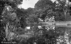 Grayswood, School And Pond 1928