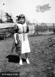 A Jubilee Dress 1935, Great Amwell