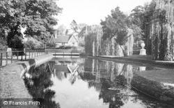 The New River c.1955, Great Amwell