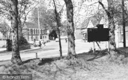 Great Baddow, Blue Lion And Maldon Road c.1965