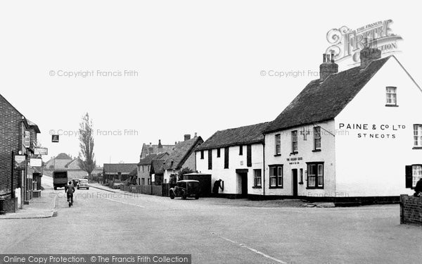 Great Barford, the Cross c1955