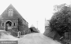 Great Bedwyn, Brown's Lane c.1955