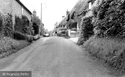 Great Bedwyn, Farm Lane c.1955