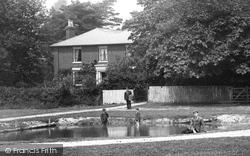 The Pond 1902, Great Bentley
