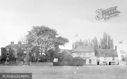 Vicarage And Red Lion 1900, Great Bentley