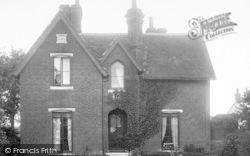 West Lodge 1900, Great Bentley
