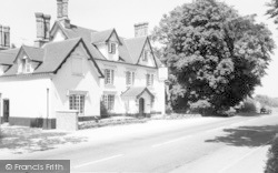 Great Bircham, The Kings Head c.1965