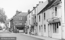 Great Driffield, Exchange Street And New Road c.1960
