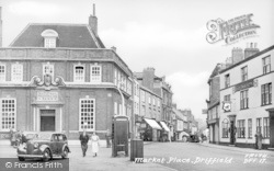 Great Driffield, Market Place c.1960