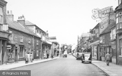 Great Driffield, Middle Street South c.1960