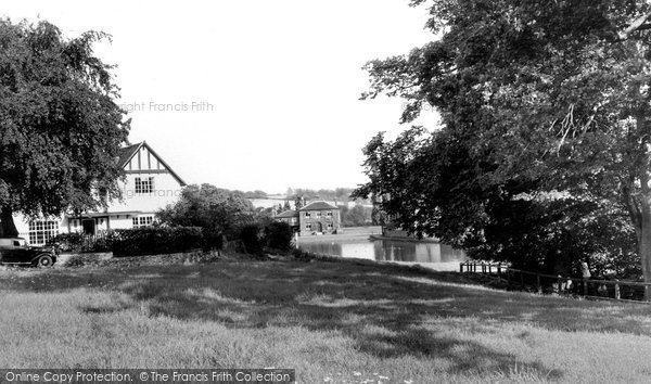 Great Dunmow © Copyright The Francis Frith Collection 2005. http://www.francisfrith.com