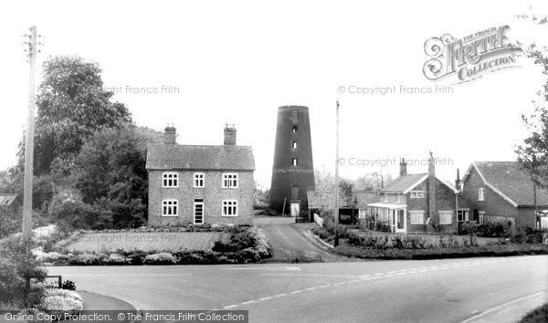 Great Ellingham,the Mill c1960,Norfolk