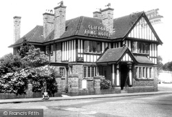 Great Haywood, The Clifford Arms Hotel c.1955