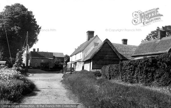 Great Sampford © Copyright The Francis Frith Collection 2005. http://www.francisfrith.com