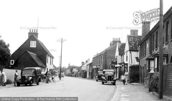 Great Wakering © Copyright The Francis Frith Collection 2005. http://www.francisfrith.com