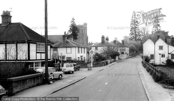 Great Waltham, Chelmsford Road c1965, Essex.  (Neg. G101009)  © Copyright The Francis Frith Collection 2005. http://www.francisfrith.com