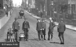 Boys In Regent Road 1896, Great Yarmouth
