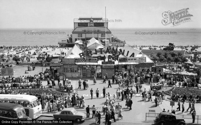 Photo of Great Yarmouth, Britannia Pier And Promenade c.1960