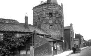 Great Yarmouth, South East Tower, Blackfriars Road 1891