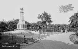 Great Yarmouth, St George's Park And War Memorial c.1920
