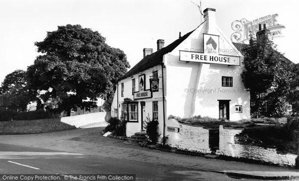 Photo of Green Hammerton, The Bay Horse c.1965