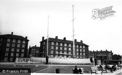 Greenwich, Gipsy Moth IV c.1972