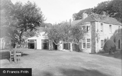 Greta Bridge, Morritt Arms Hotel, The Garden c.1933
