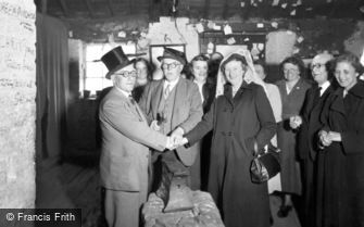 Gretna Green, An Anvil Wedding c1940