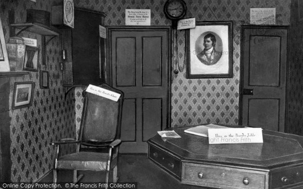 Photo of Gretna Green, interior of the Original Marriage Room c1940, ref. G163023