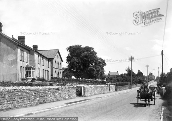 Photo of Groes Faen, The Village 1936