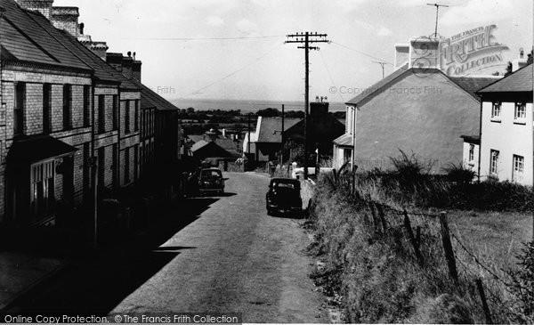 Groeslon, the Hill c1955