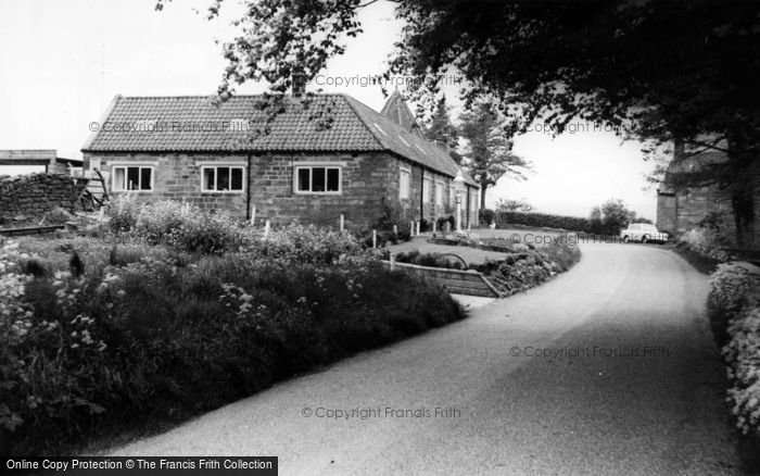 Photo of Grosmont, Portcullis Lodge c.1965