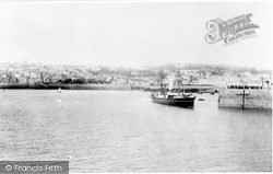 Guernsey, St Peter Port From The Pier 1894