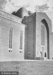 Guildford, Cathedral, South Side c.1960