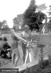 Guildford, Swimming Pool c.1930