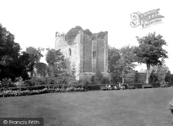 Guildford, The Castle 1933