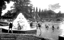 Guildford, The Lido, Stoke Park 1933
