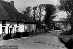 Thatched Cottages c.1960, Gunwalloe