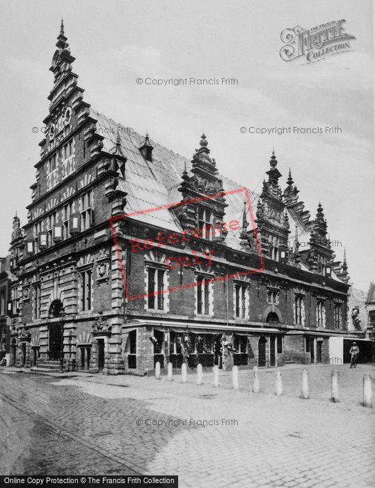 Photo of Haarlem, Grote Markt, The Vleeshal c.1930
