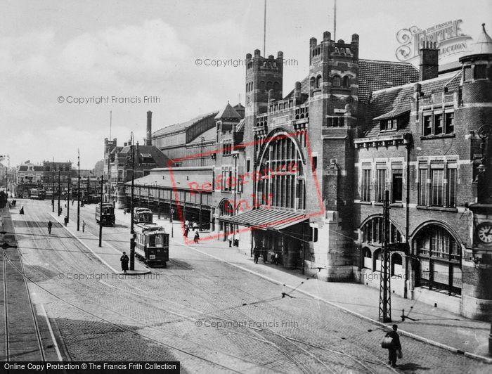 Photo of Haarlem, Station c.1930
