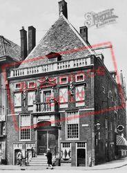 The Hoofdwacht c.1930, Haarlem