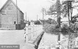Banks Pond c.1955, Haddenham