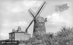 Haddenham, the Mill c1950