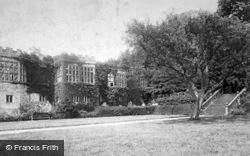 Dorothy Vernon's Staircase 1886, Haddon Hall