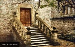 Dorothy Vernon's Steps c.1905, Haddon Hall