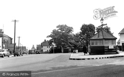 Hadleigh, Central Broadway c.1955