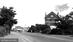 Hadleigh, London Road c.1955
