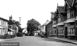 Hadleigh, The High Street c.1950