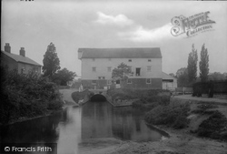 Hadleigh, Toppesfield Mill 1922