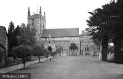 Hailsham, St Mary's Church c.1955